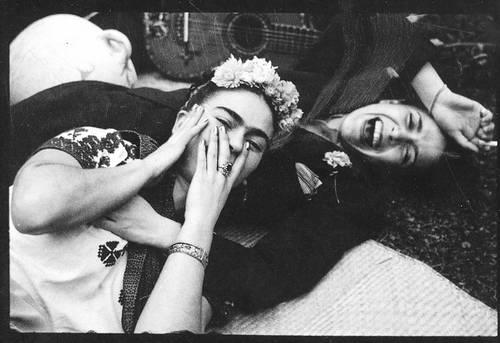 Chavela Vargas and Frida...lovers? Si amigos!